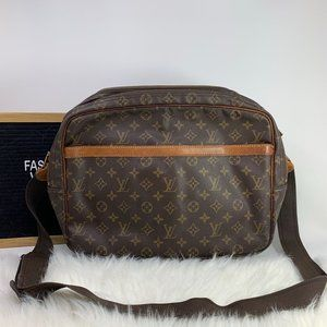 Louis Vuitton Monogram Reporter Bag